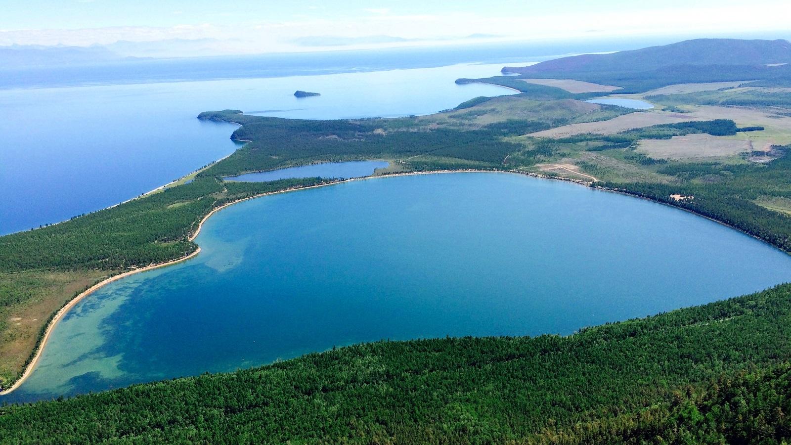 Вид на Слюдянские озера