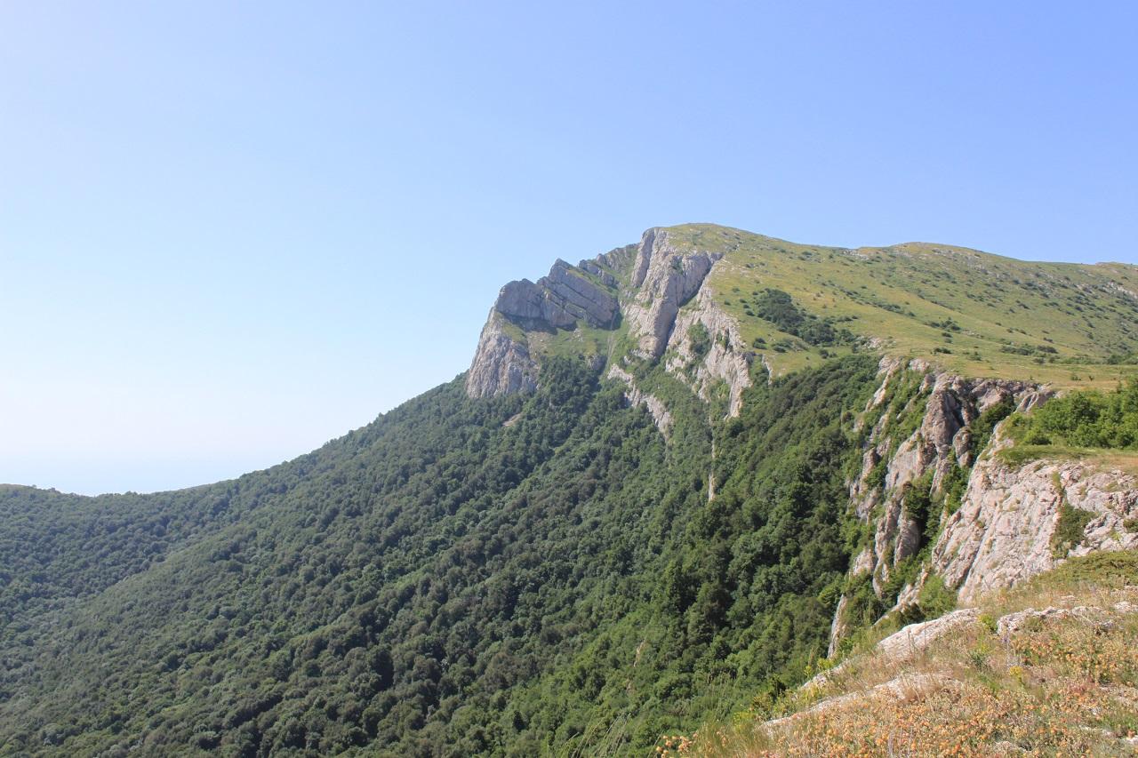 Вершина Ангар-Бурун